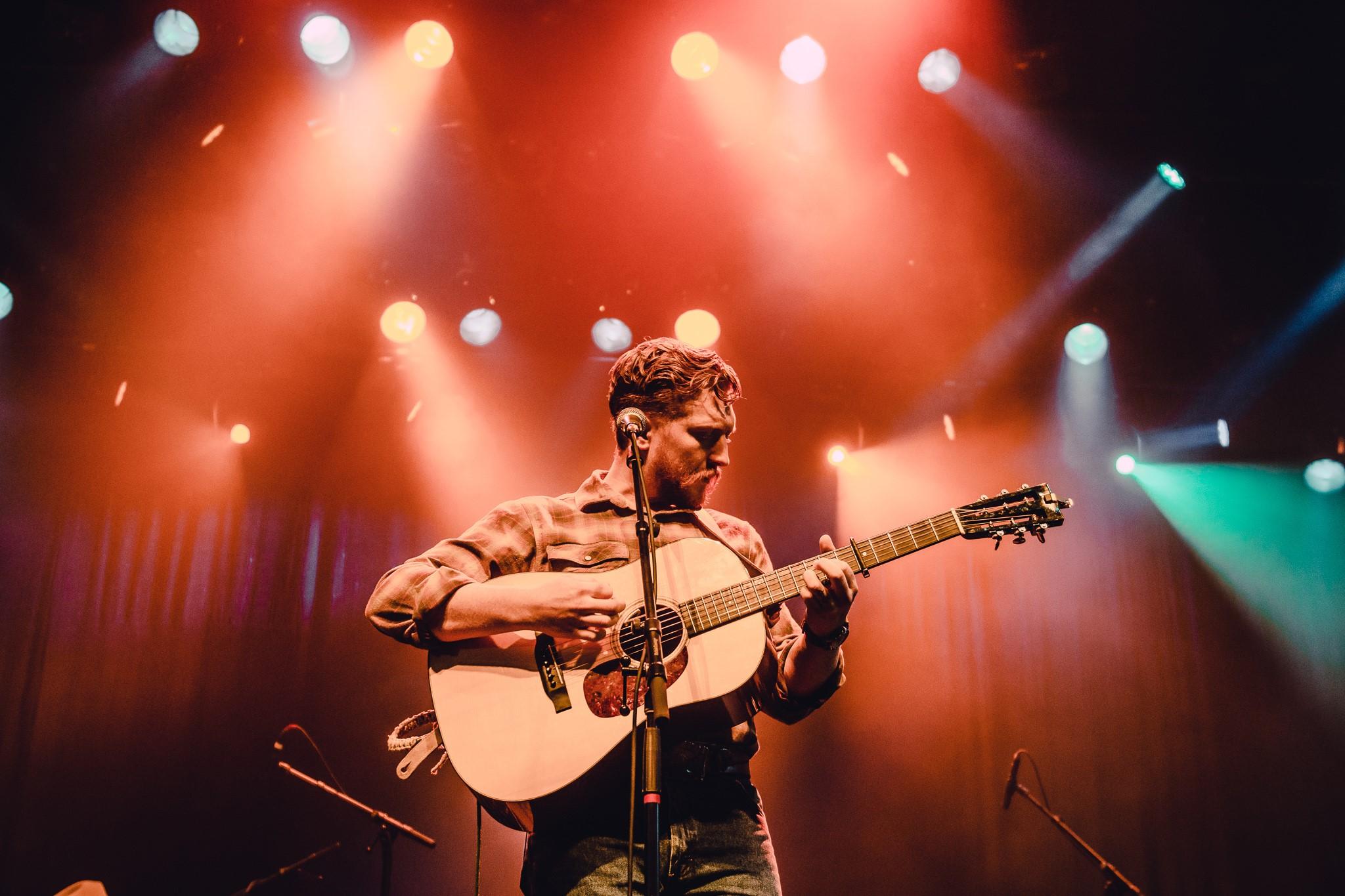 Tyler Childers debuteert op #1 in Billboard met 'Country Squire'